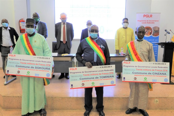 Transparency Competition Between Municipalities in Mali