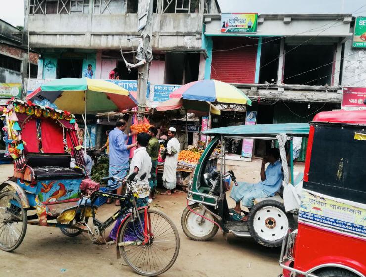 Een bruisende markt in Rohingya vluchtelingenkamp: drie redenen van diepe bewondering
